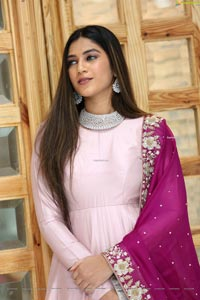 Hasini Chowdary at Meenakshi Couture