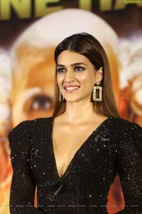 Kriti Sanon at Housefull 4 Press Meet