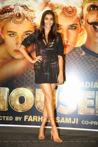 Pooja Hegde at Housefull 4 Press Meet